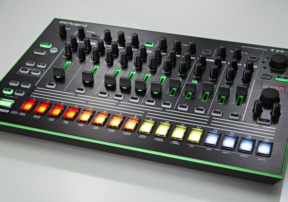 Aira TR 08 machine